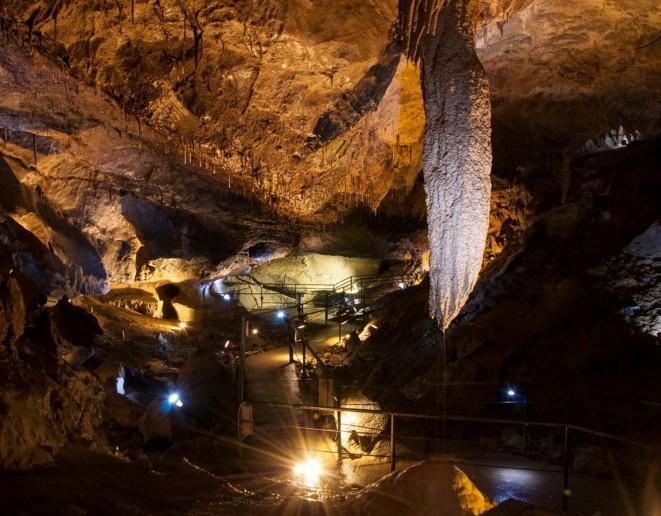 Crag Cave & Crazy Play